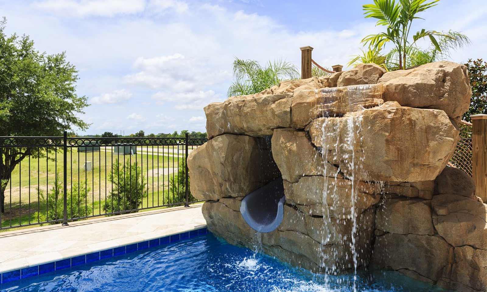 [amenities:Pool-Slide:1] Pool Slide