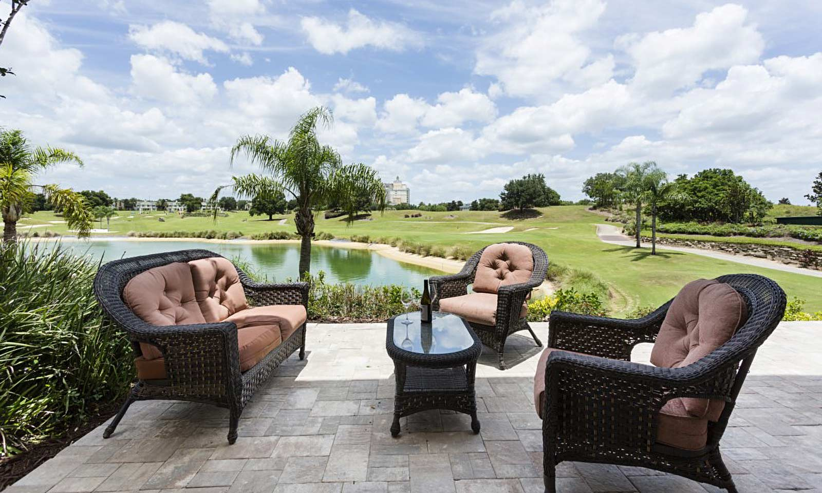 [amenities:water-and-golf-view:3] Water and Golf View
