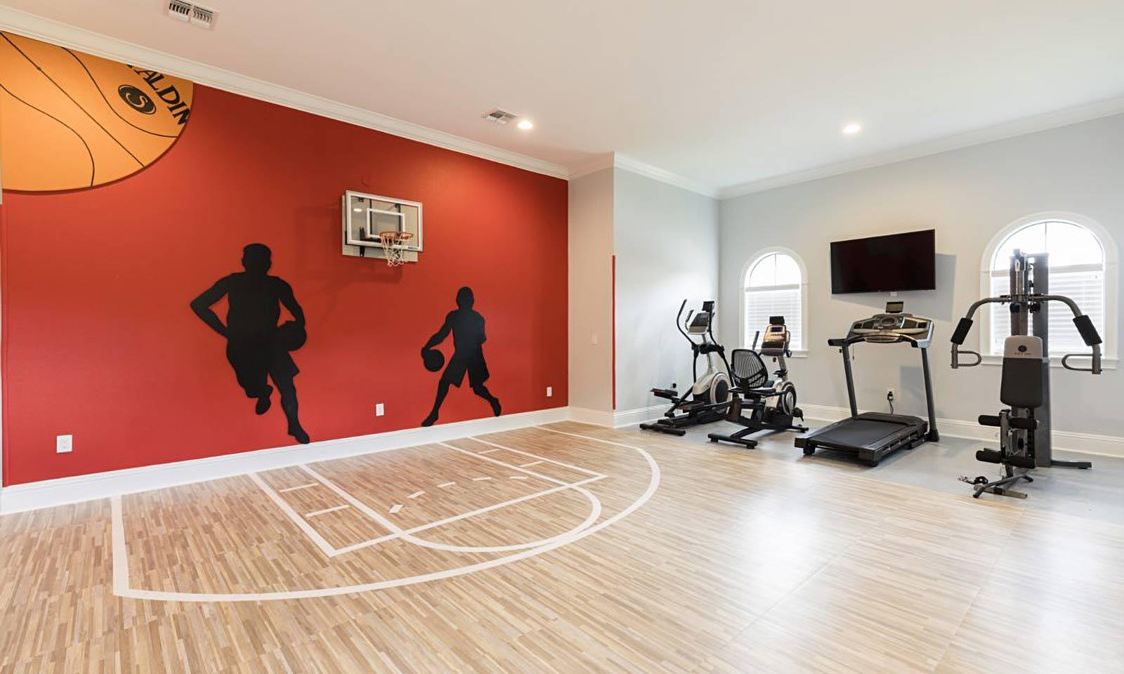 [amenities:Basketball-Court-and-Gym:2] Basketball Court and Gym