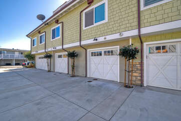 One car garage with onsite guest parking.
