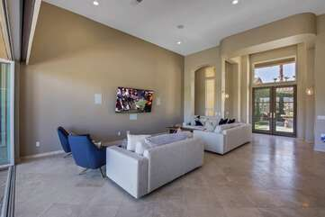 The open floor plan and large living room gives your whole group enough room to spread out.