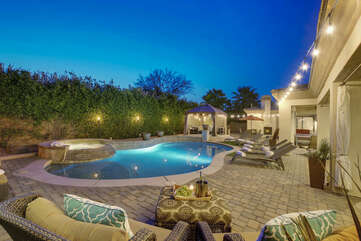 Paradise Palms will exceed your expectations when it comes to outdoor entertaining. With a pool, spa, games and more!