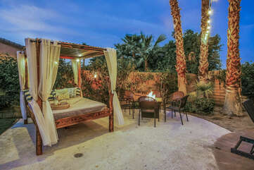 So much room to lounge out and enjoy the desert sun. This Vegas style cabana is sure to be the favorite spot.