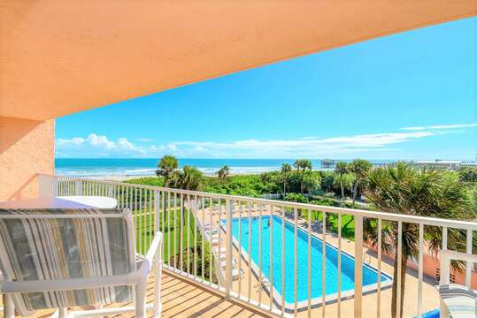 Stunning DIRECT Oceanfront & Pier Views from your huge private balcony