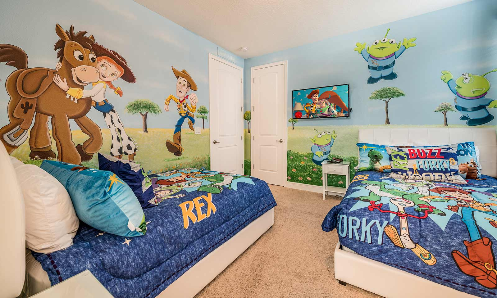 [amenities:themed-bedroom:2] Themed Bedroom