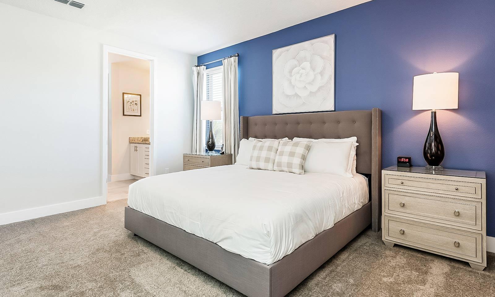 [amenities:master-bedroom:1] Master Bedroom