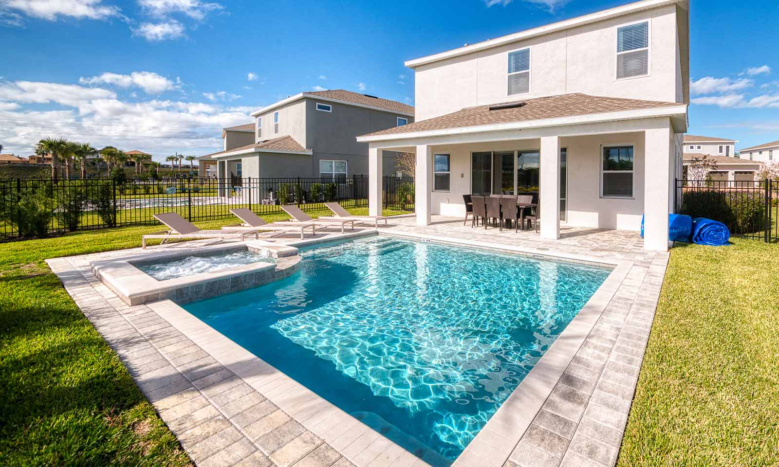 [amenities:private-pool:2] Private Pool