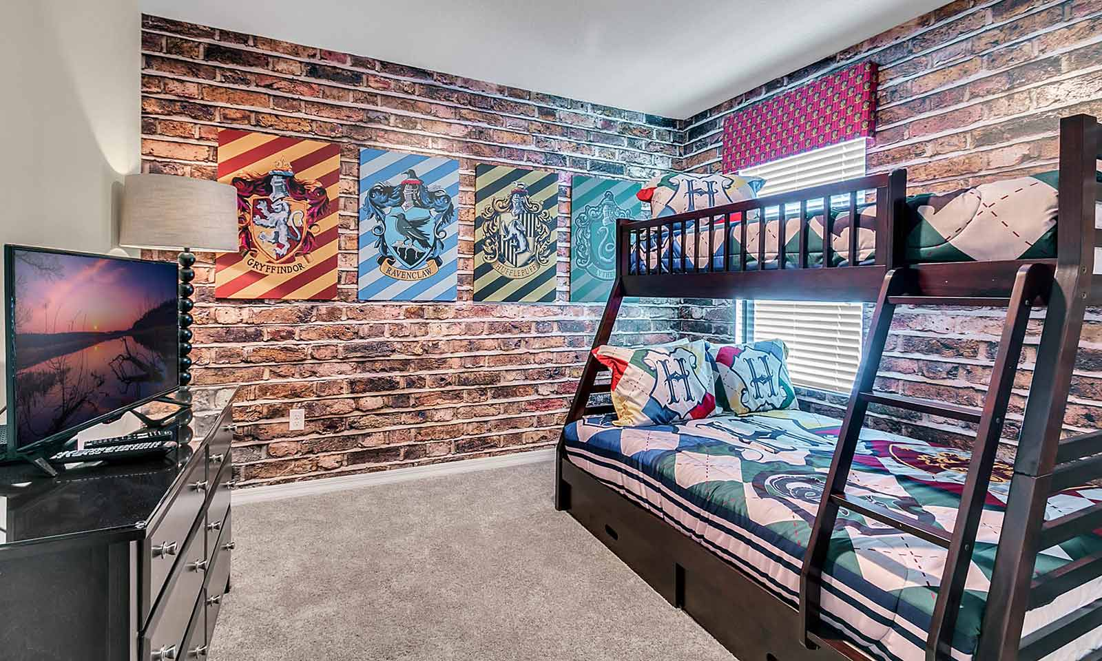 [amenities:Themed-Bedrooms:1] Themed Bedrooms