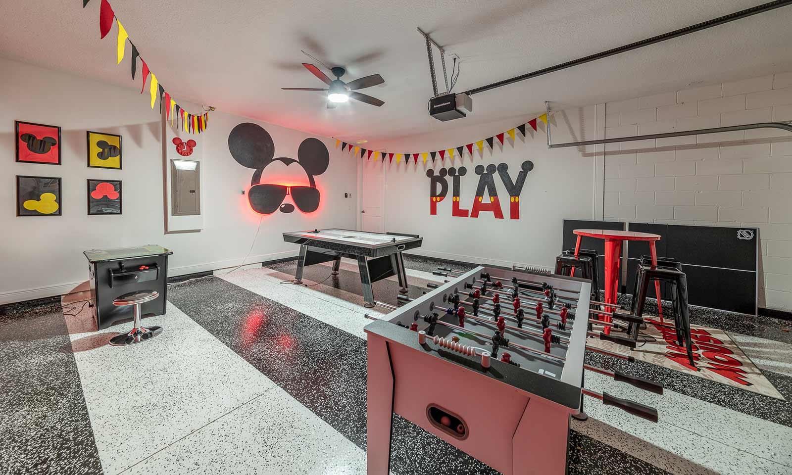 [amenities:game-room:3] Game Room