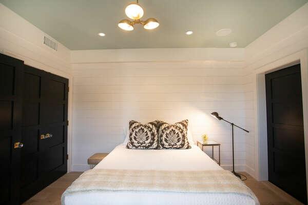 Master Bedroom, Queen - First Floor