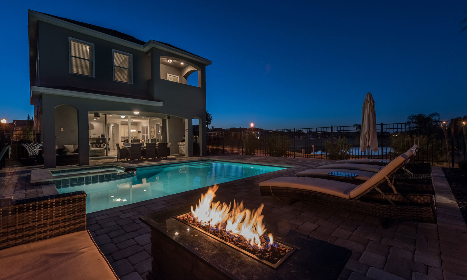 [amenities:Fire-Pit:3] Fire Pit
