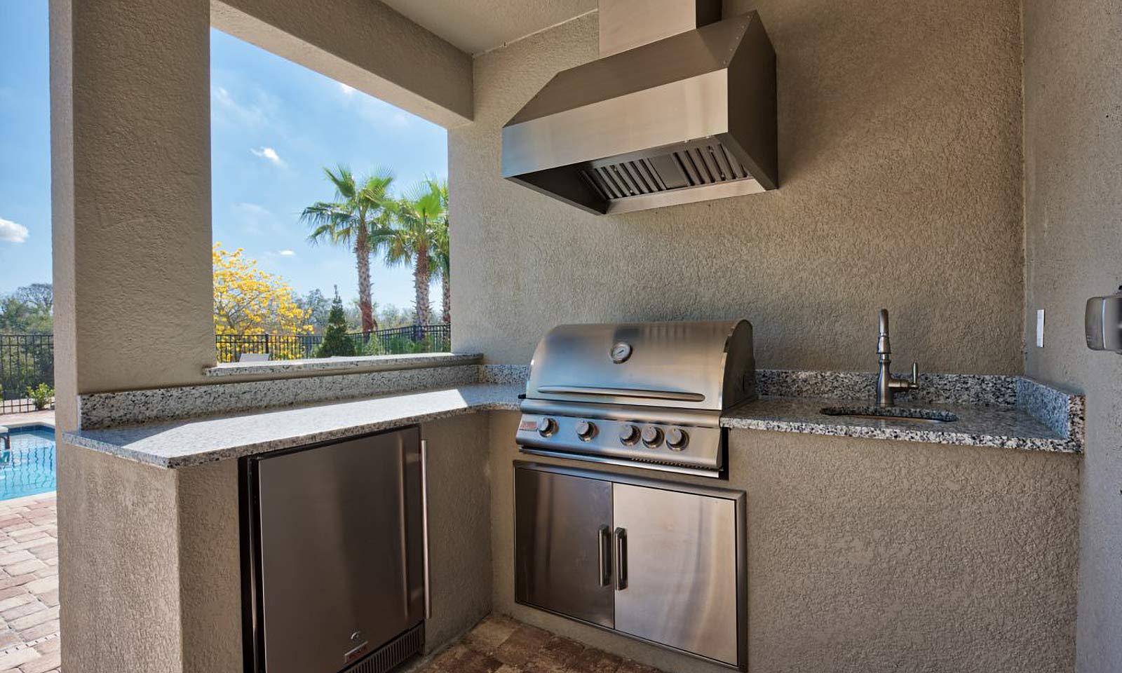 [amenities:Summer-Kitchen:3] Summer Kitchen