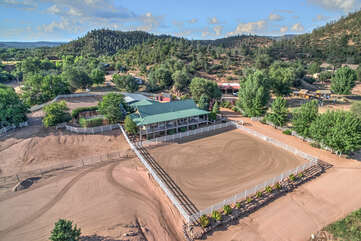 Aerial photo of the main house and riding arena at Diamond Spirit Ranch.