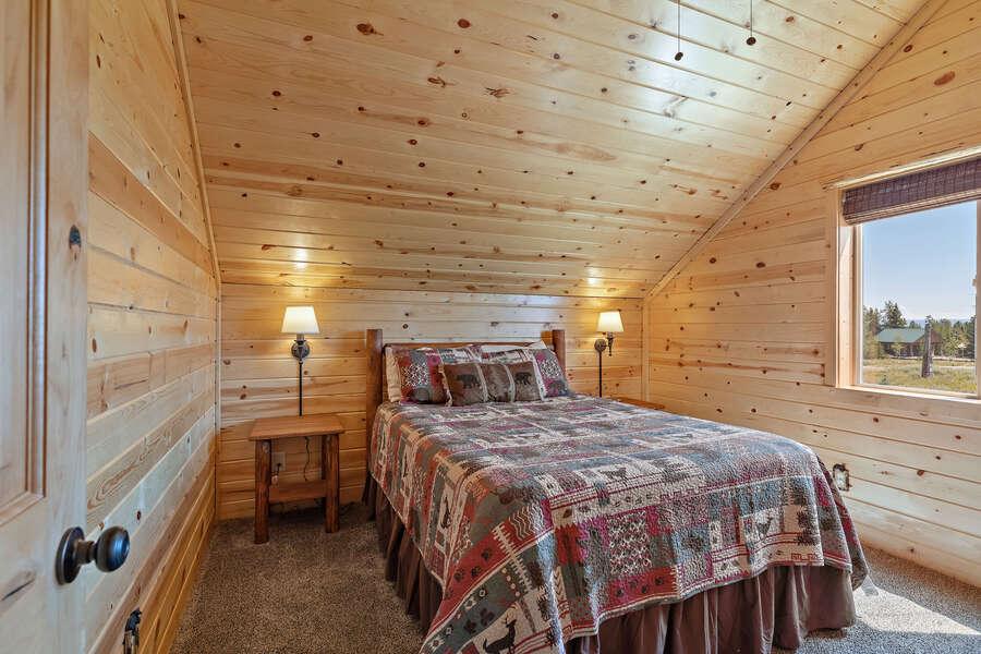 Shotgun Sunset ~ upper level bedroom w/ queen bed