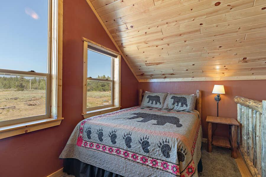 Shotgun Sunset ~ loft w/ sleeper sofa and queen bed