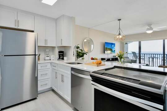New fully renovated kitchen with all brand new appliances
