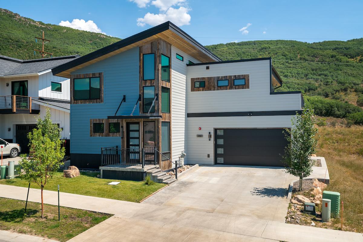 Brand new custom vacation homes in Steamboat Springs in the Sunlight neighborhood!