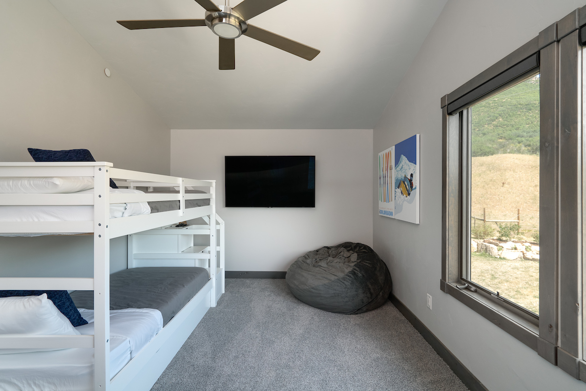 4th bedroom/bonus room with twin bunkbed and trundle.