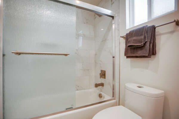 Second Floor Full Guest Bath with Shower/Tub Combo