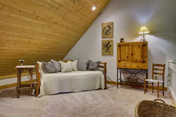 Loft with Day Bed