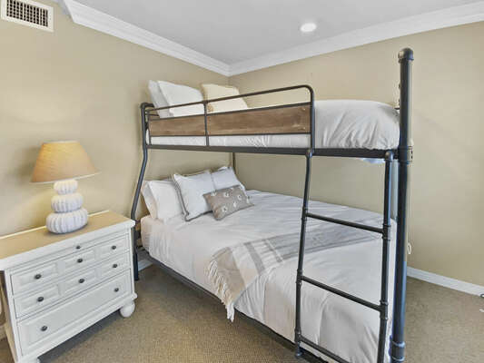 Guest Bedroom, Queen/Full XL Bunk Bed - Second Floor