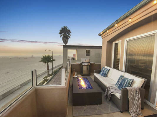 Oceanfront Deck with Sofa, Fire Pit & BBQ - Third Floor