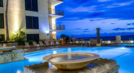 Pool located on the 4th floor, with outdoor showers and hot tubs