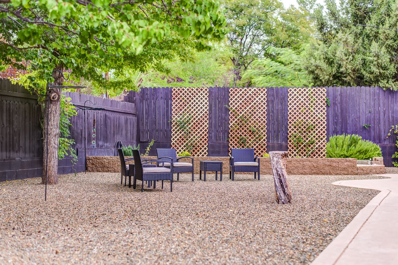 Private Backyard with a Weber Genesis Gas BBQ and New Hot Tub