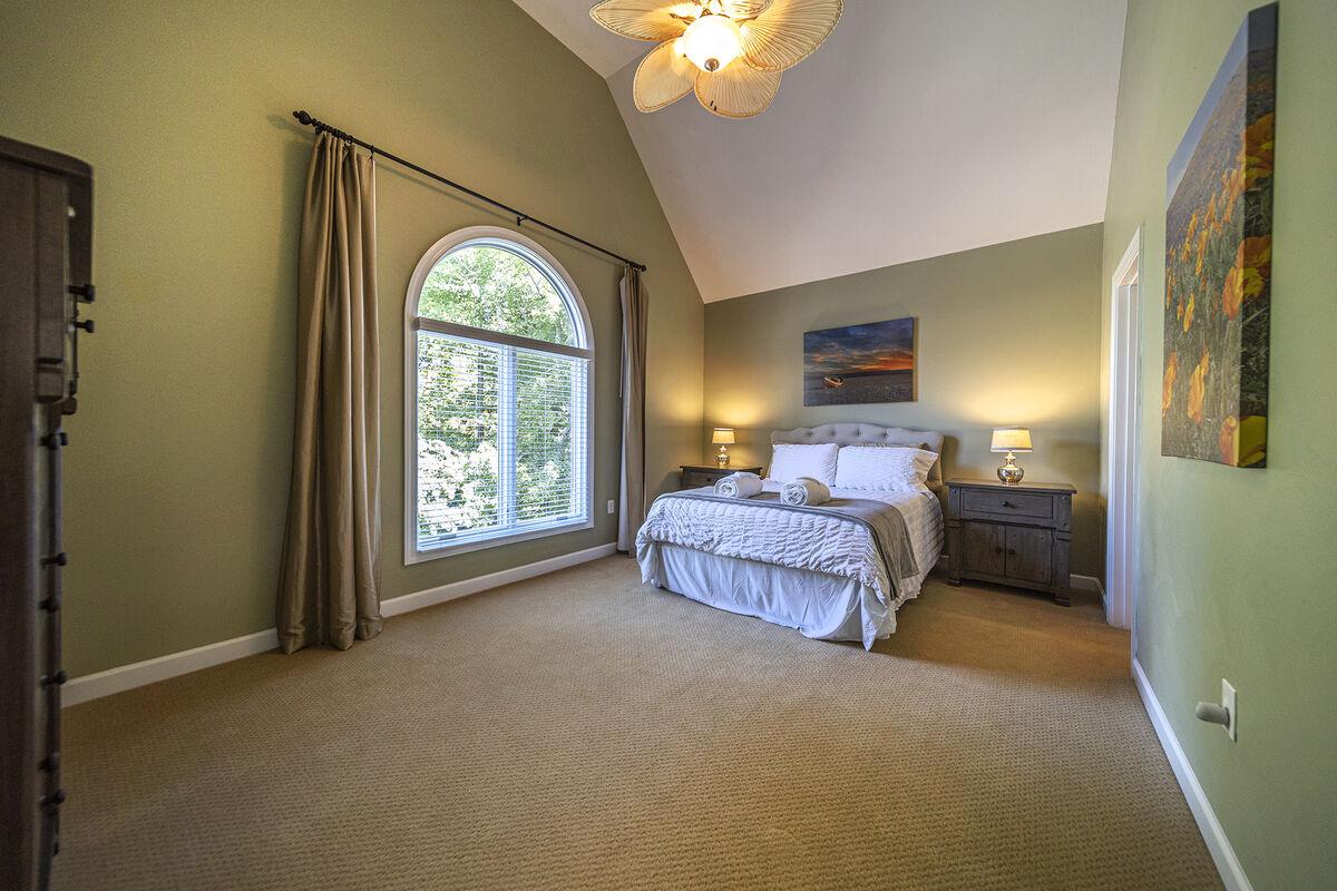 Relaxing Upper Bedroom