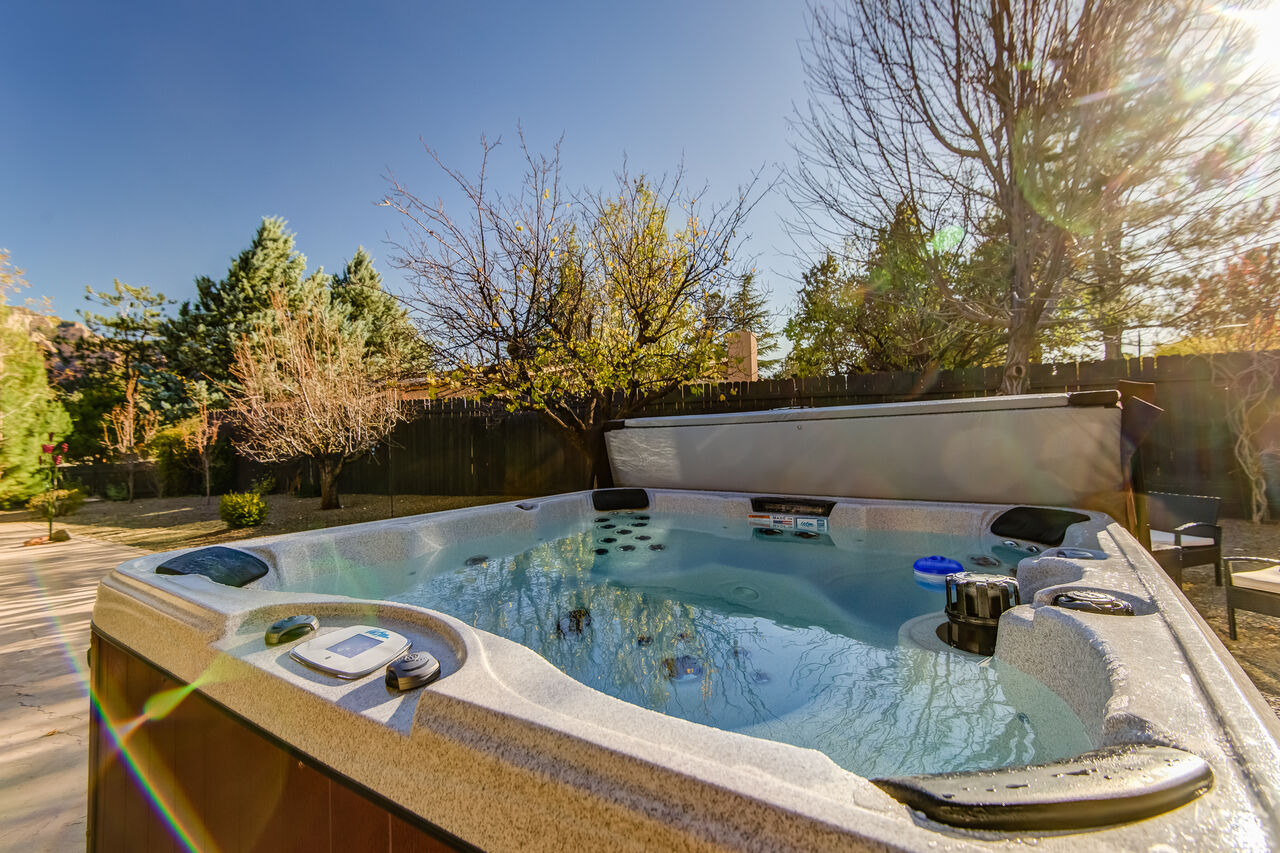 New Private Hot Tub in the Backyard