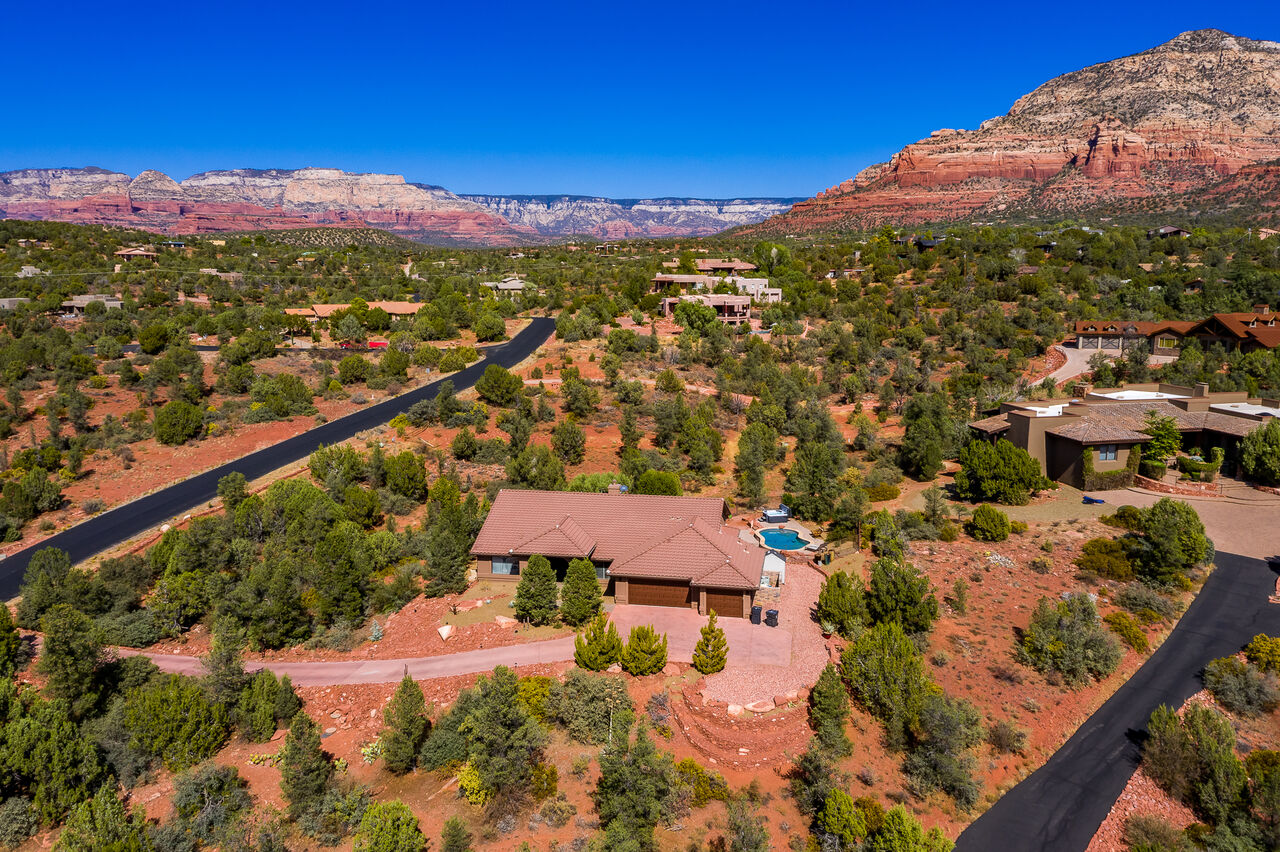 Home Sits on 2.5 Acres in West Sedona