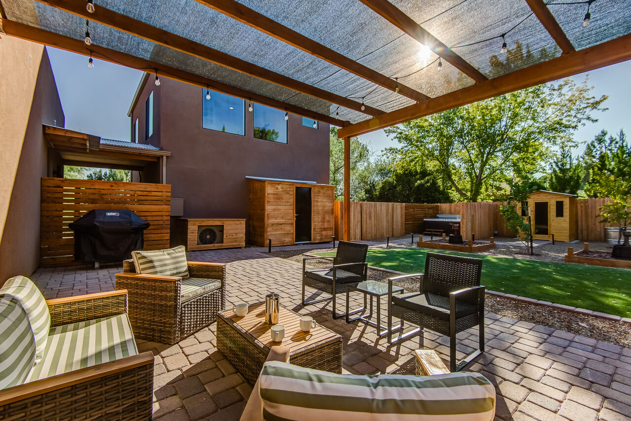 Great Space for Morning Coffee, Evening Cocktails and Grilling Up Your Favorites