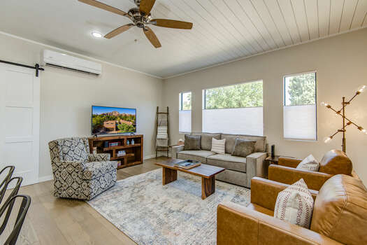Main House - Comfortable Modern Furnishings in an Open and Bright Space