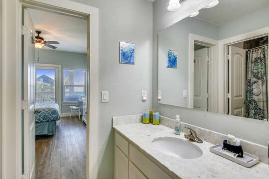 Upper Level 2nd Bedroom Bathroom