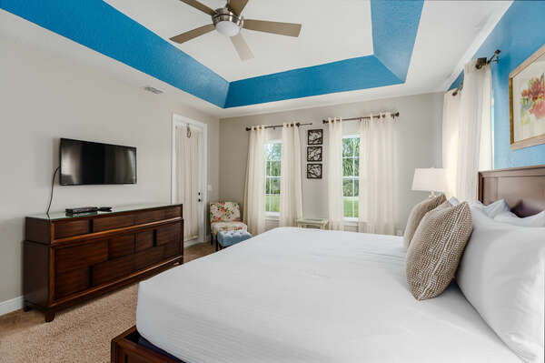 Lounge in the king-size bed and watch your favorite shows or movies on the SMART TV