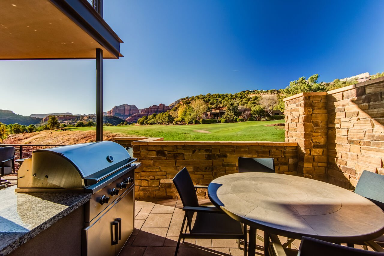 Patio with Outdoor Dining and Gas BBQ