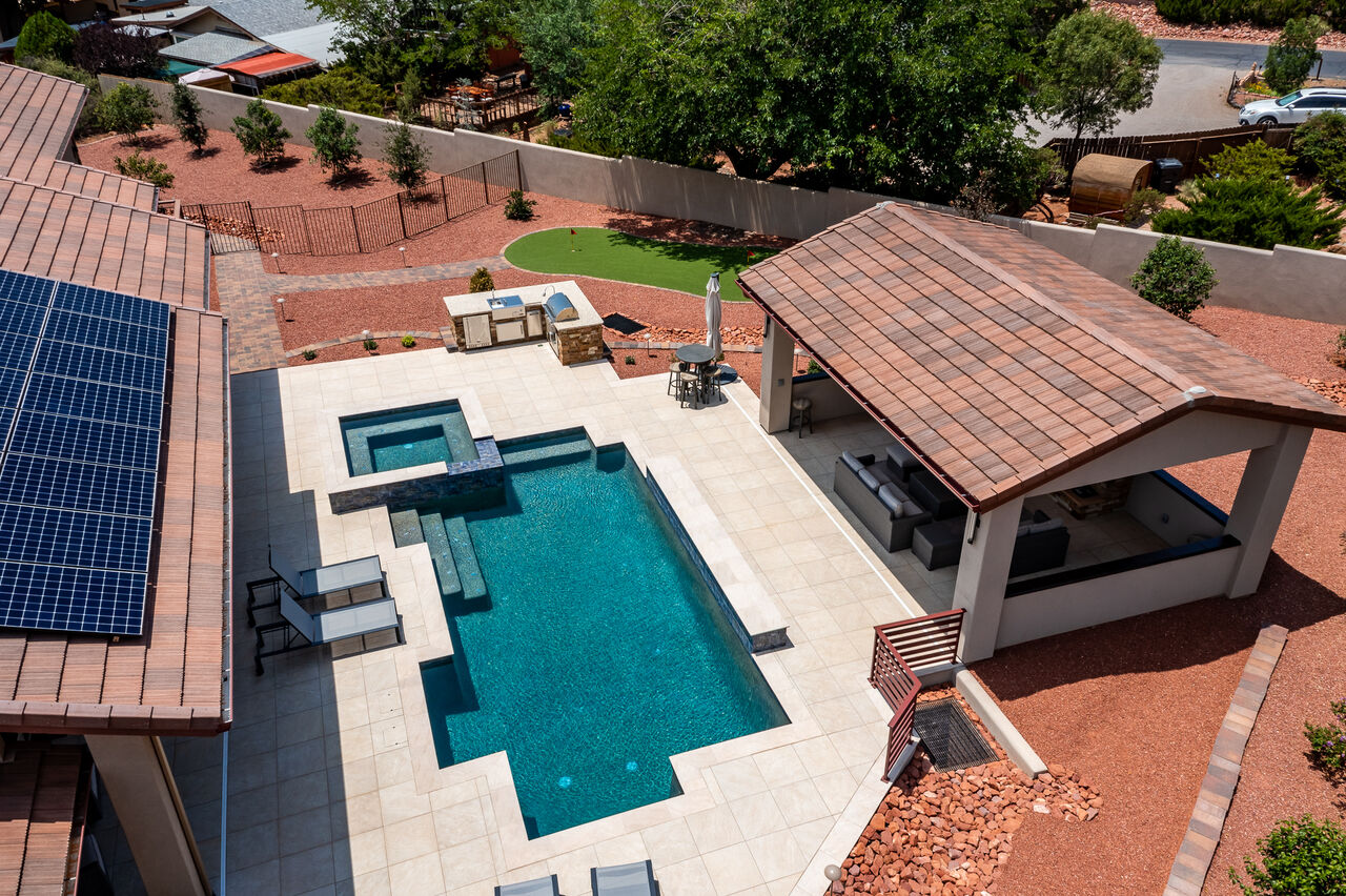 New Resort-Style Backyard with a Stainless Steel 36
