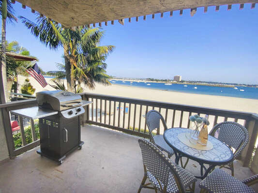 Bayfront Deck with Outdoor Dining and BBQ