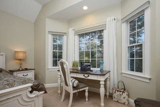 Desk for remote working - 1 Somerset Road Harwich Cape Cod - New England Vacation Rentals