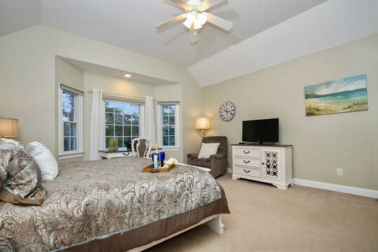 King size master on main level - 1 Somerset Road Harwich Cape Cod - New England Vacation Rentals