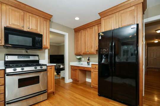 Desk space in the kitchen for remote working - 1 Somerset Road Harwich Cape Cod - New England Vacation Rentals