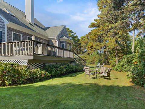 Extra outdoor dining for warm summer days - 1 Somerset Road Harwich Cape Cod - New England Vacation Rentals