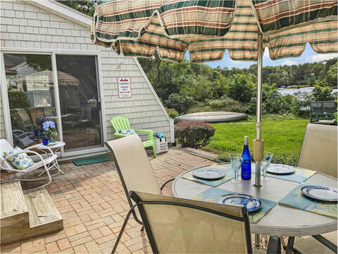 Outdoor dining - 35 Vacation Lane Harwich Cape Cod - New England Vacation Rentals