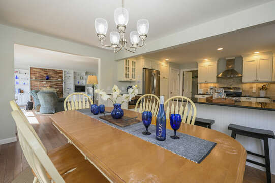 Family table in dining room - 35 Vacation Lane Harwich Cape Cod - New England Vacation Rentals
