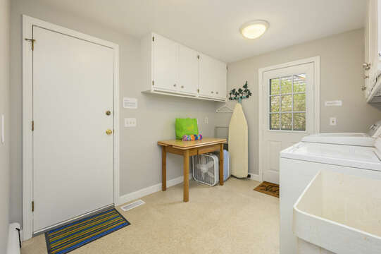 Laundry room off kitchen - 35 Vacation Lane Harwich Cape Cod - New England Vacation Rentals