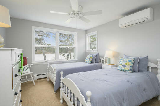 Bedroom #3 - Two Twin Beds - 35 Vacation Lane Harwich Cape Cod - New England Vacation Rentals