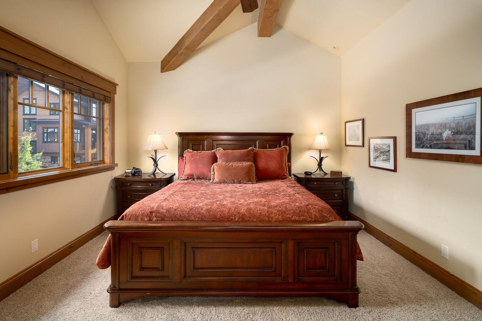 Upper, king bedroom, very private!