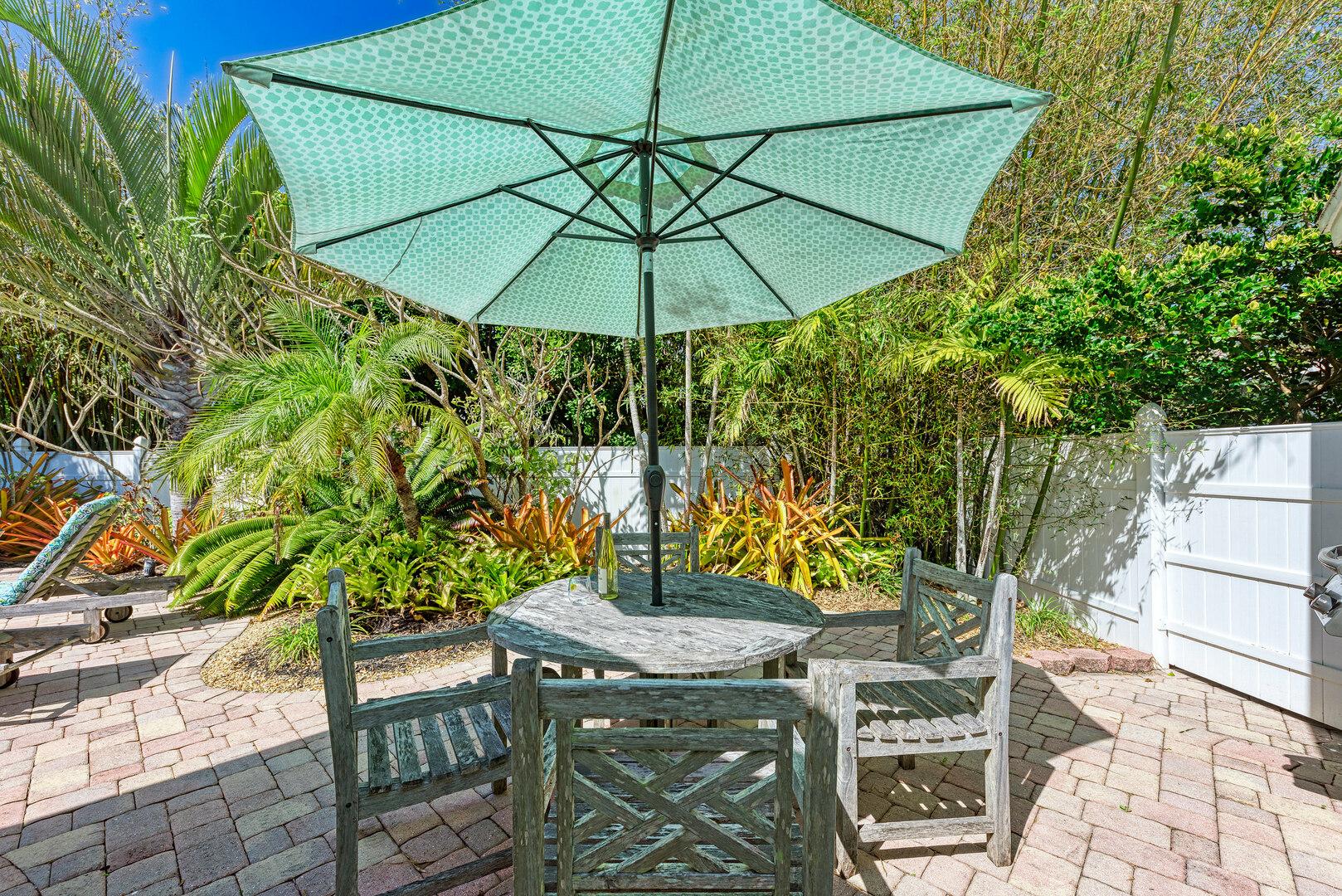 Mermaids & Manatees outdoor patio area