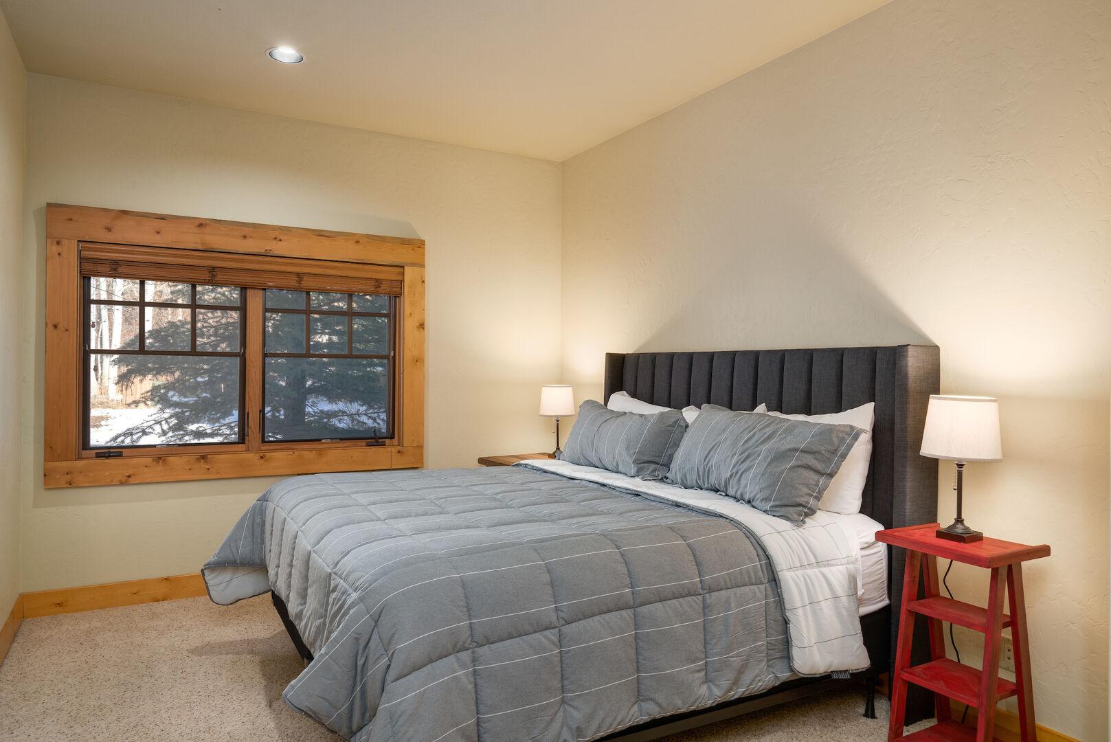 Lower level king bedroom