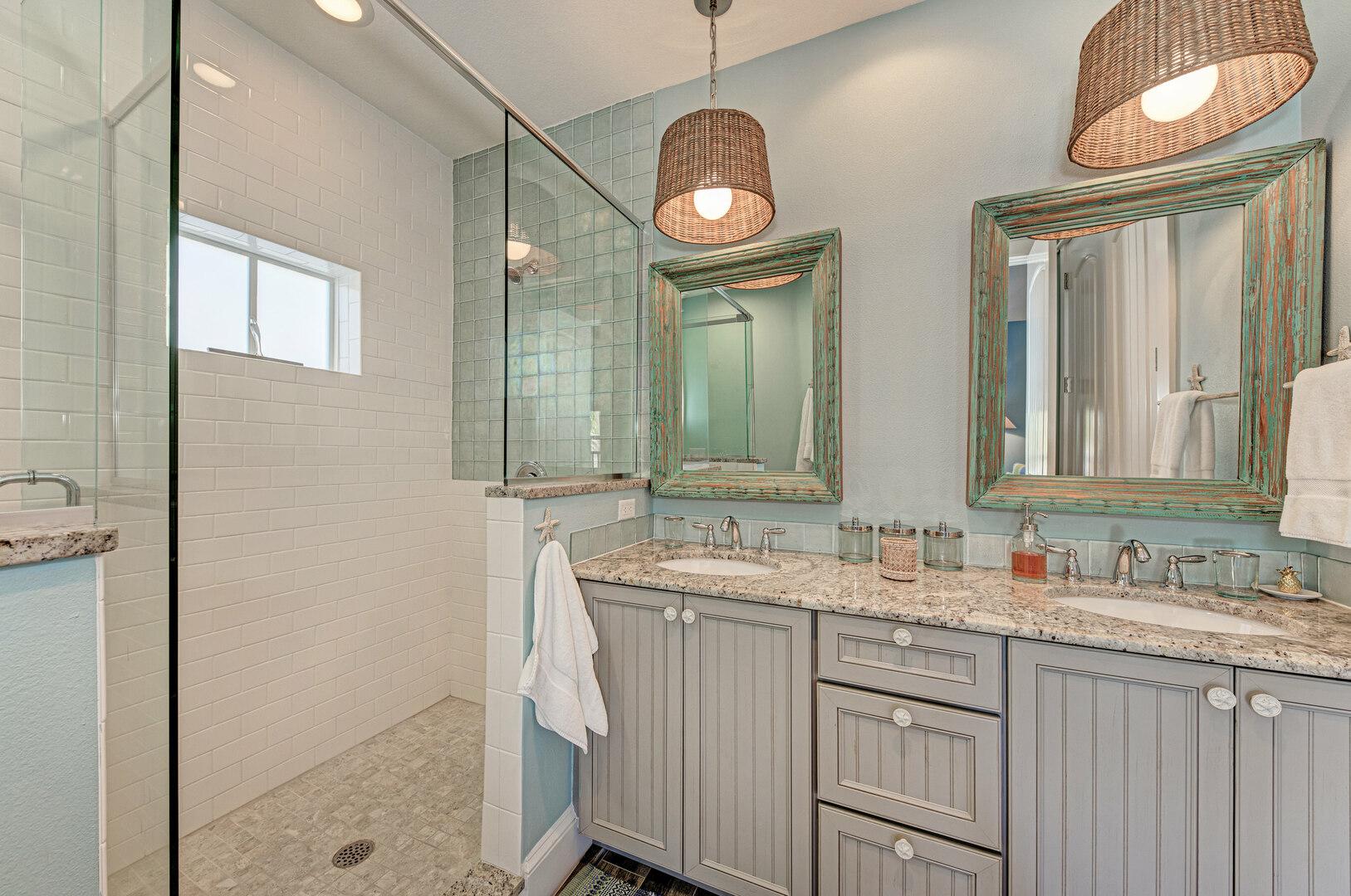 Blue Palm Paradise master bathroom 2nd floor